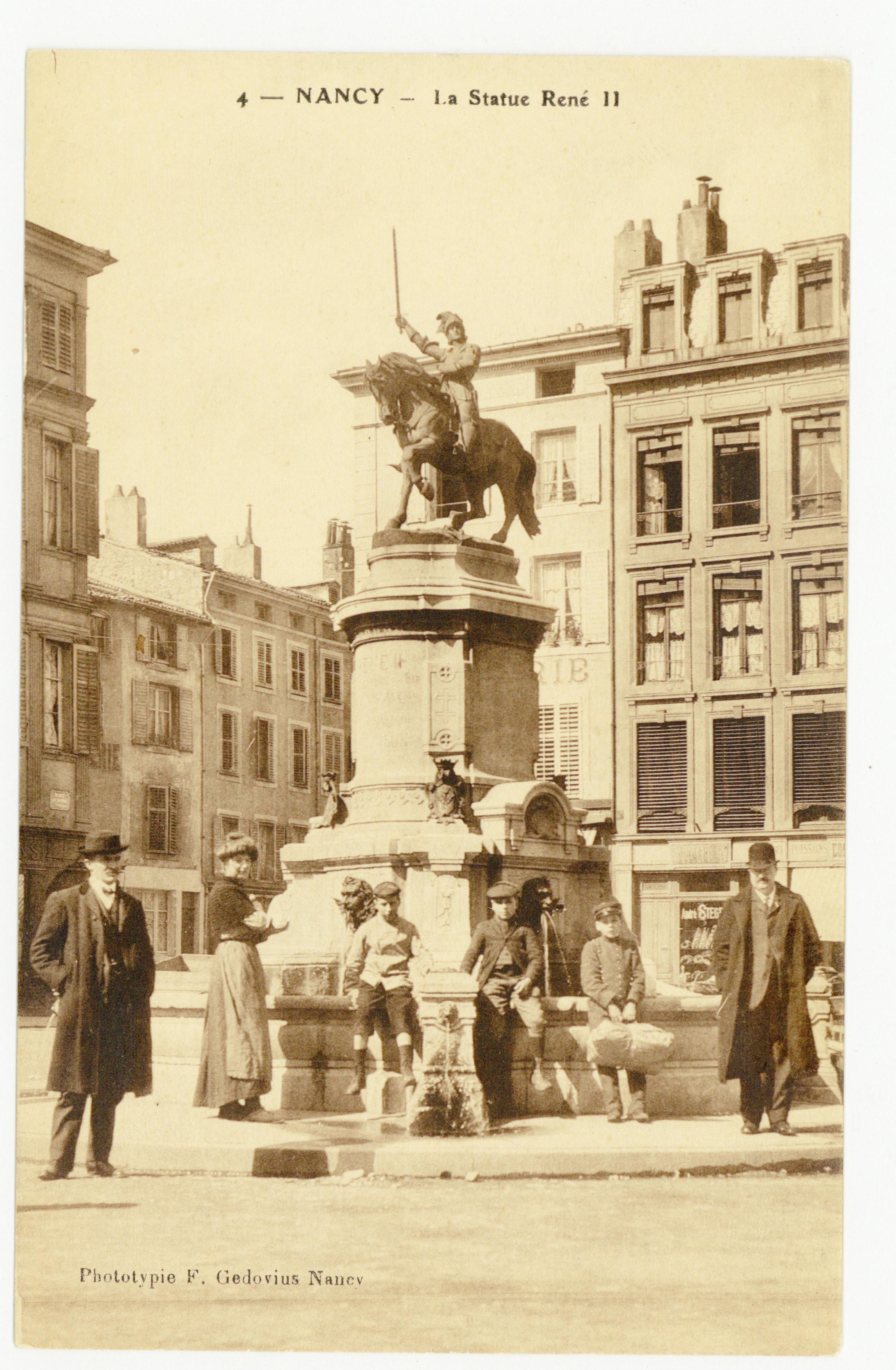 Contenu du Nancy : la statue de René II