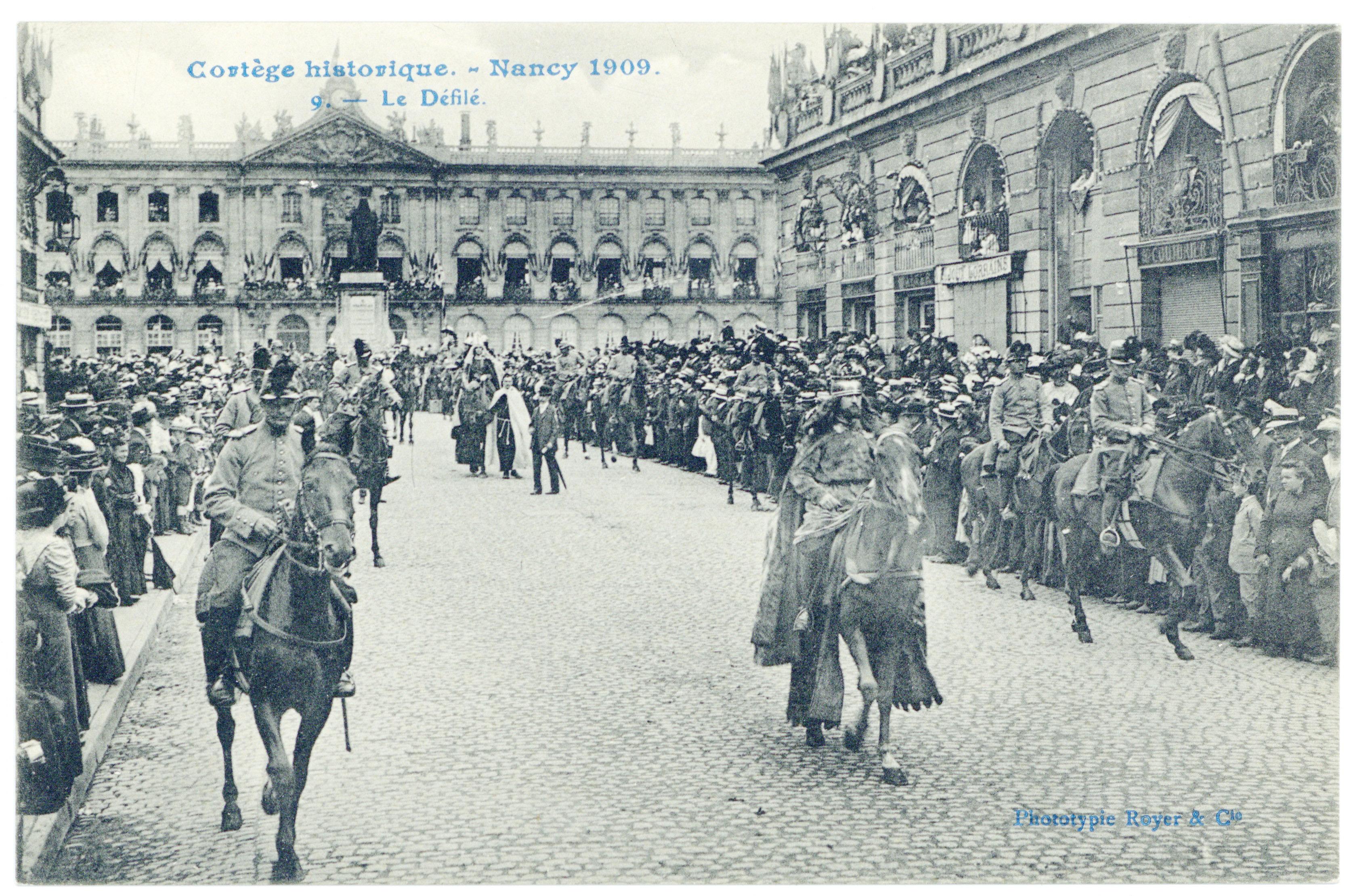 Contenu du Le défilé. Cortège historique, Nancy 1909