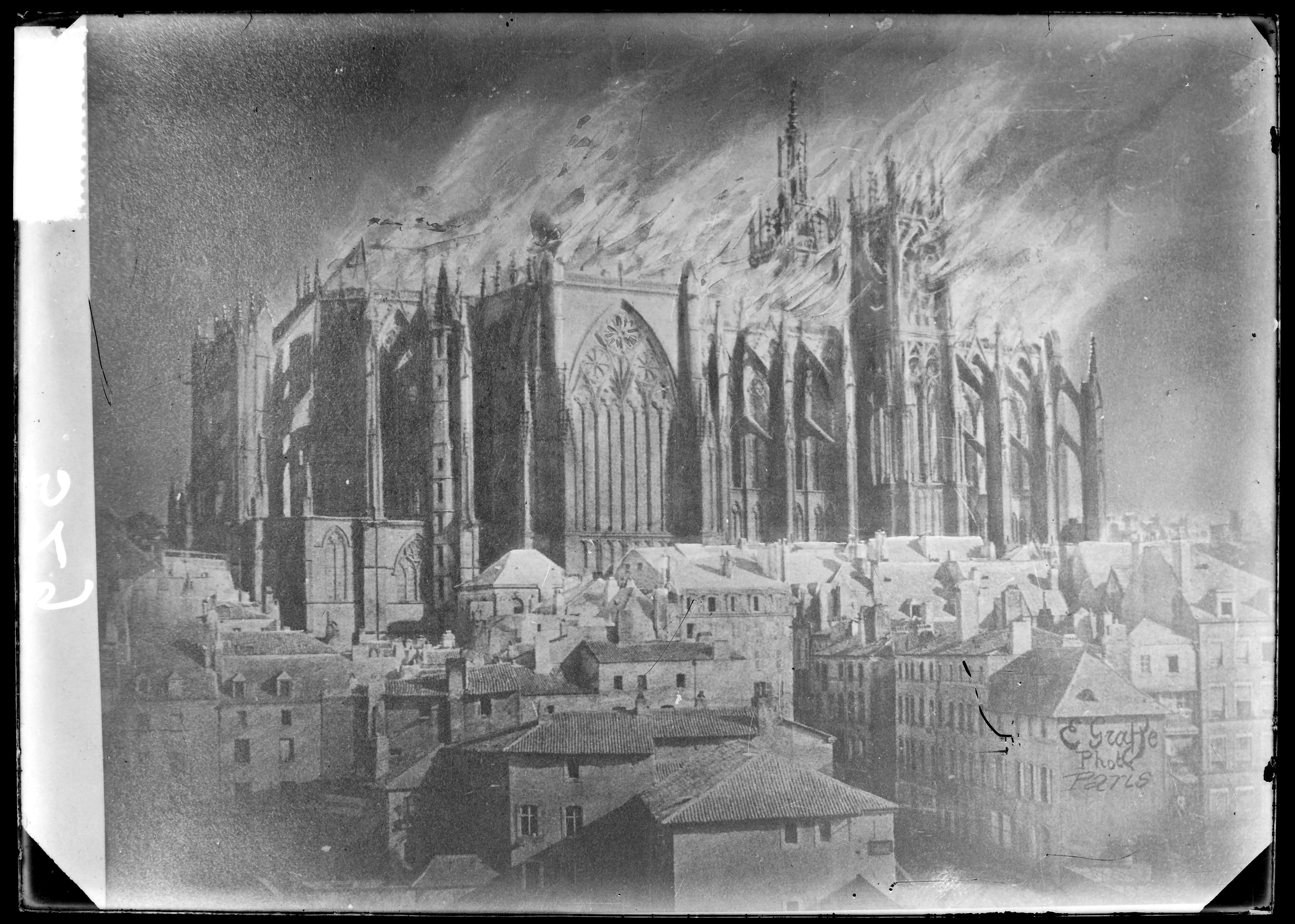 Contenu du L'incendie de la cathédrale, le 7 Mai 1877