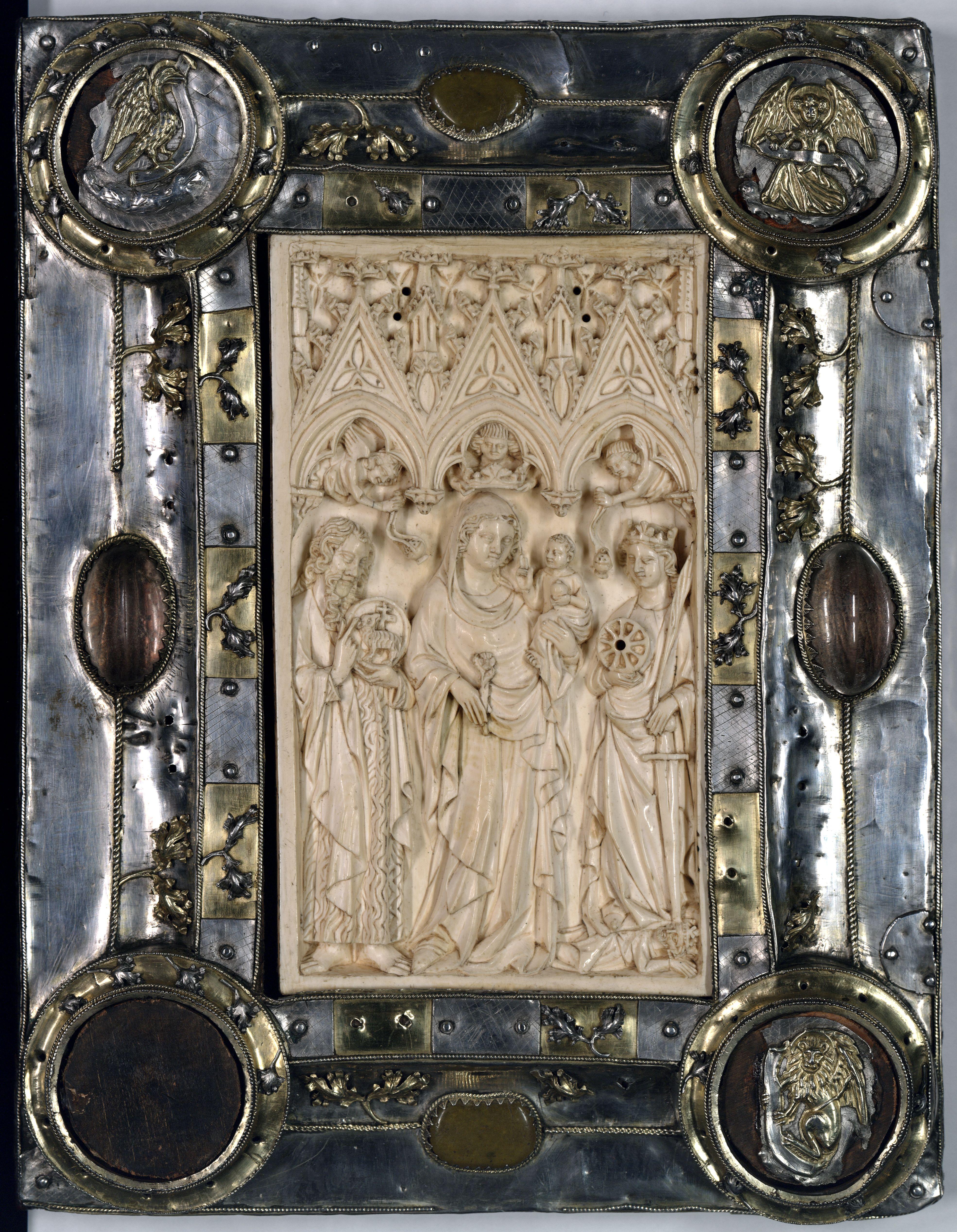 Contenu du Reliure d'orfèvrerie portant une plaque d'ivoire