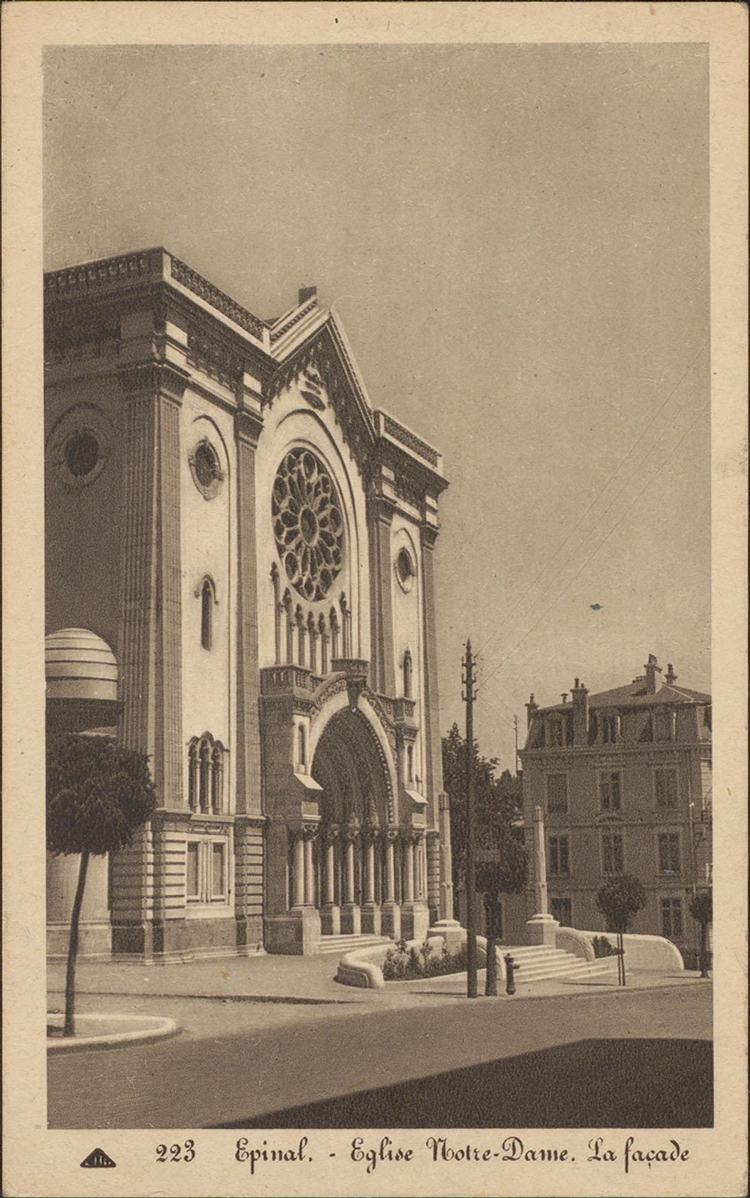 Contenu du Épinal, Église Notre-Dame, La façade