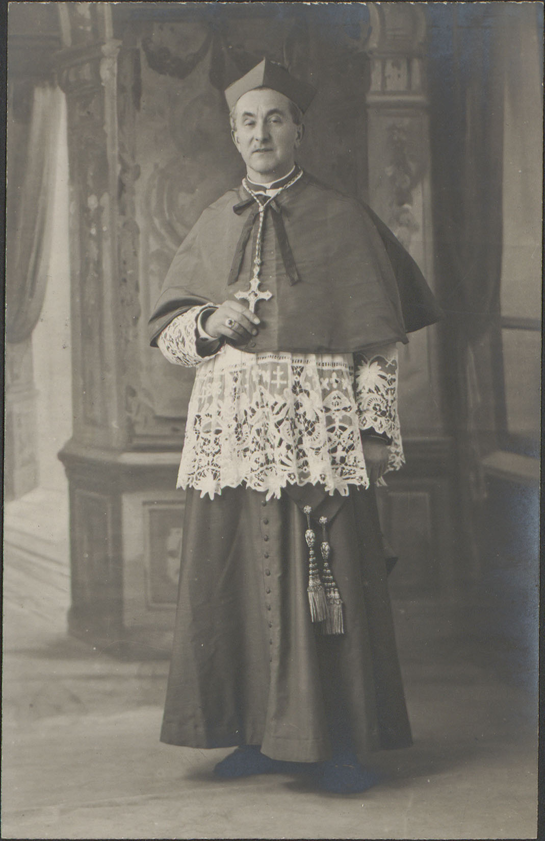 Contenu du [Monseigneur Eugène Curien, archiprêtre d'Épinal]