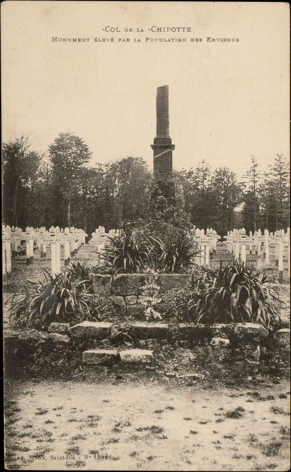 Contenu du Col de la Chipotte, Monument élevé par la Population des Environs