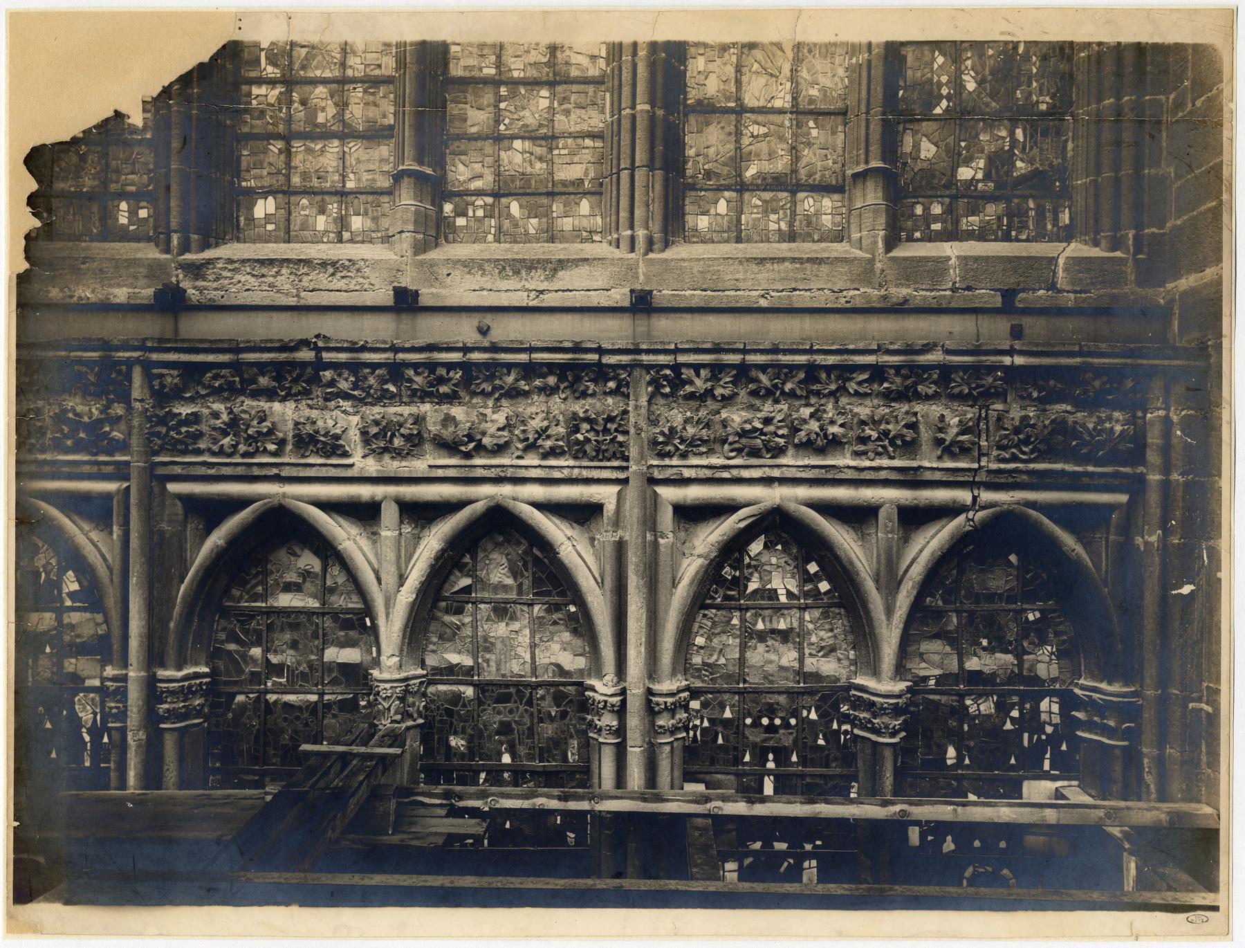 Contenu du Vitraux de la cathédrale de Metz