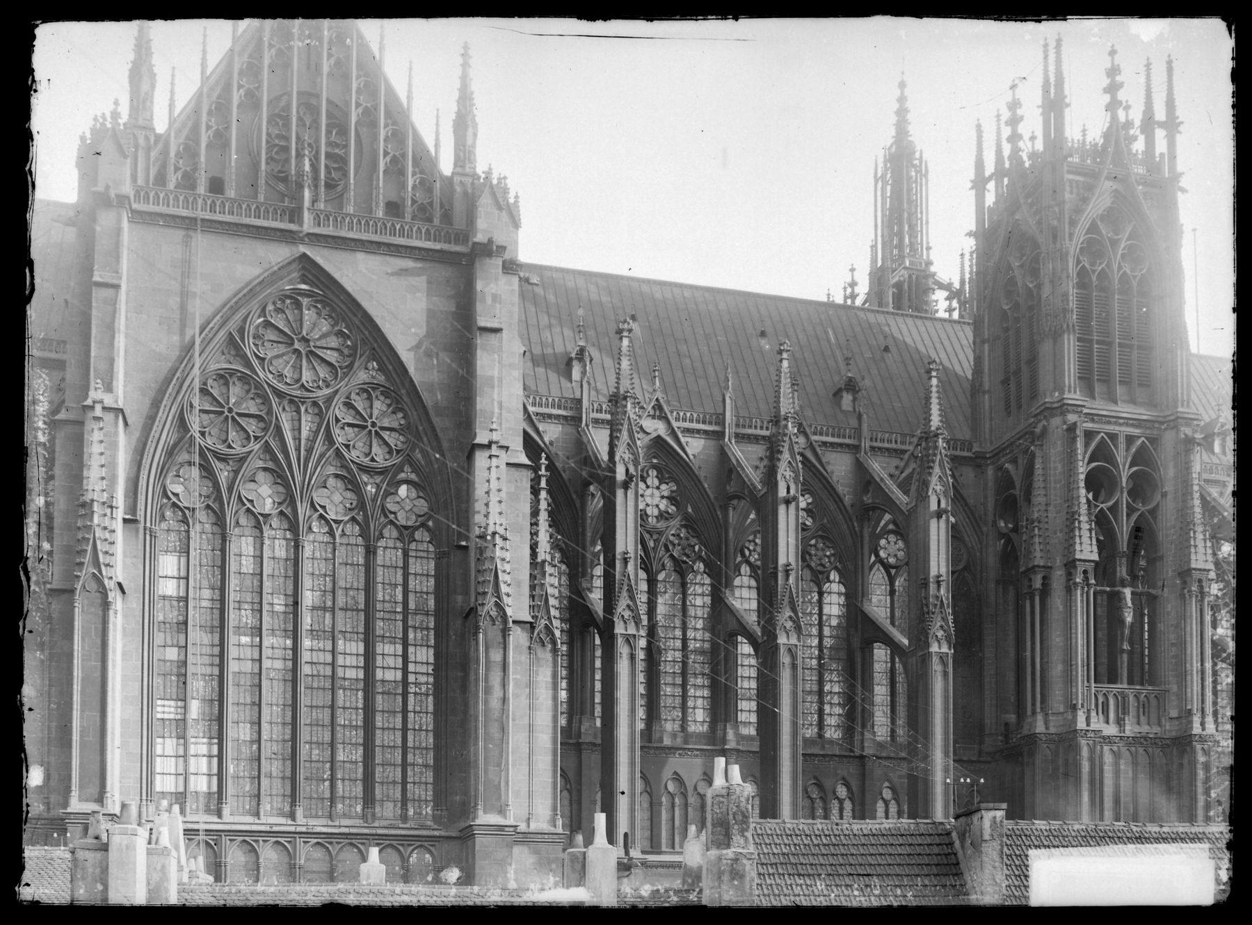 Contenu du Façade nord de la cathédrale
