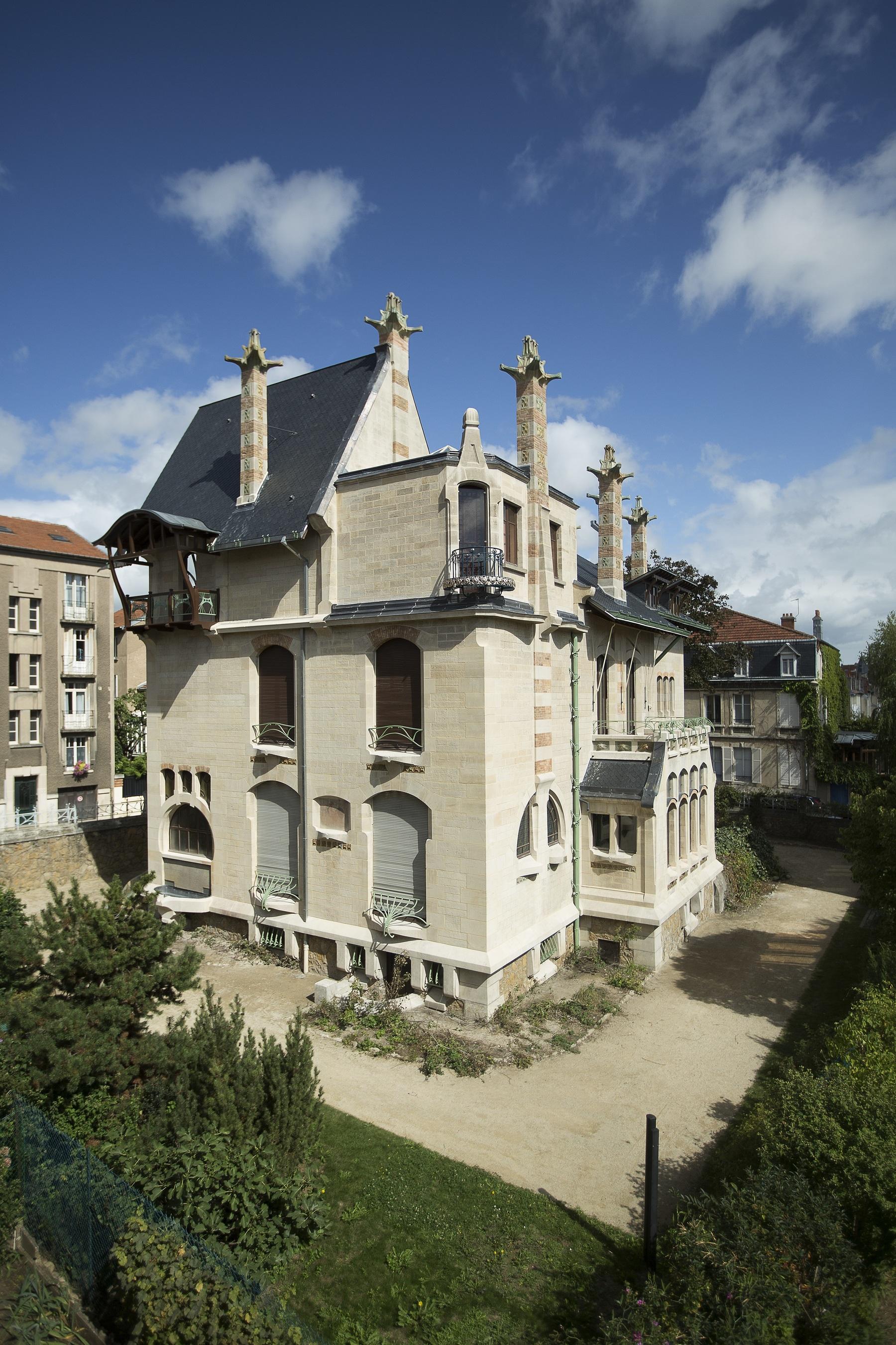 Contenu du Vue des façades ouest et sud de la Villa Majorelle