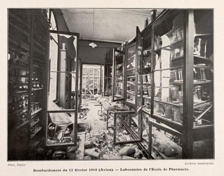 Bombardement du 12 février 1918 (Avion). Laboratoire de l'École de pharmac…