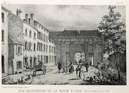 Vue extérieure de la porte St-Jean