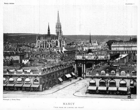 Nancy : vue prise de l'hôtel-de-ville