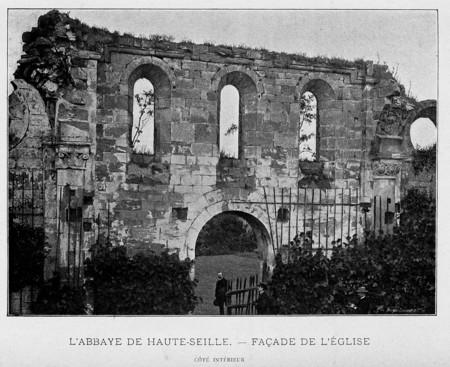 L'abbaye de Haute-Seille : façade de l'église