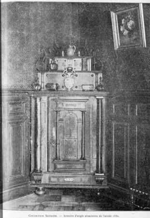 Armoire d'angle alsacienne de l'année 1630