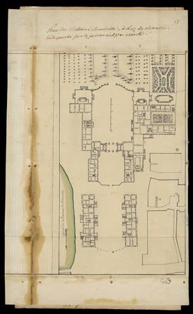 Plan du château de Lunéville, à rez de chaussée. L'aile gauche sur les jar…