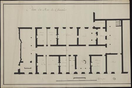 Plan du rez de chaussée d'une maison religieuse.