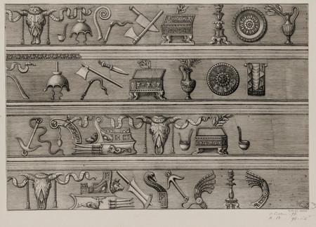 Quatre frises ornées d'instruments servant aux sacrifices