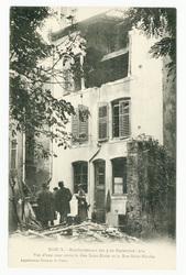 Vue d'une cour entre la Rue Saint-Dizier et la Rue Saint-Nicolas  Nancy. B…