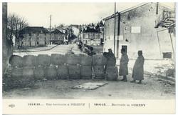Une barricade à Nomeny. Barricade in Nomeny, 1914-15…