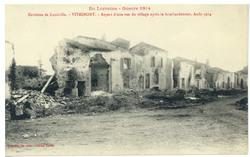 Environs de Lunéville. Vitrimont. Aspect d'une rue du village après le bom…