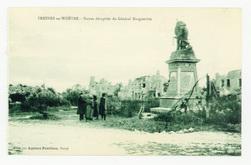 Fresnes-en-Woevre. Statue décapitée du Général Margueritte