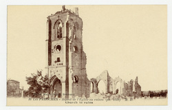 Les Paroches : aspect de l'Église en ruines ( Ph. -1918)  M. D.. Church in…