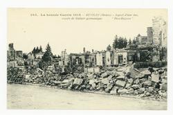 La Grande Guerre 1914 : Revigny (Meuse), aspect d'une rue, essais de Kultu…