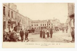 St-Mihiel (Meuse) : la Place (ph. 1918) M. D.. The Place