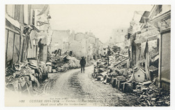 Verdun. Rue Mazel, après le bombardement. Mazel street after the bombardme…