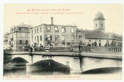 Raon-l'Étape (Vosges) incendié volontairement par les Allemands. Pont-sur-…