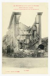 Raon-l'Étape (Vosges) incendié volontairement par les Allemands. La Poste,…
