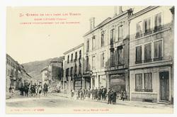 Raon-l'Étape (Vosges) incendié volontairement par les Allemands. Hôtel de …