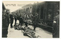 Transport de blessés à Châlons-sur-Marne. Transport of wounded at Châlons-…