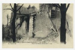 Église de Souain bombardée. Vue derrière. Church of Souain bombarded. Guer…