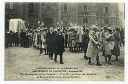 Glorification du Soldat Inconnu : transfert du Cœur de Gambetta. Le Corps …