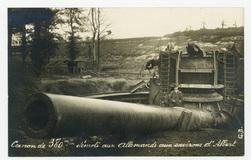 Canon de 380m/m démoli aux Allemands aux environs d'Albert
