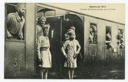 Troupes Indiennes partant pour le front, guerre de 1914