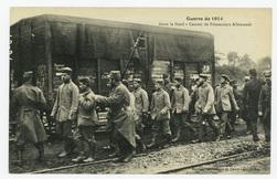 Dans le Nord : convoi de Prisonniers Allemands, guerre de 1914