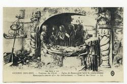 Tombeau du Christ. Église de Ramscapelle après le bombardement. Ramscapell…