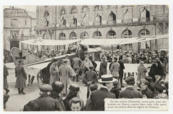 Un des avions allemands, venus pour jeter des bombes sur Nancy, exposé dan…