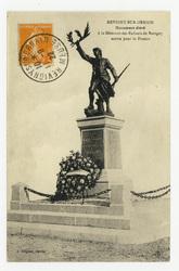 Revigny-sur-Ornain : monument élevé à la Mémoire des Enfants de Revigny mo…