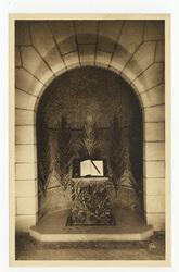 Crypte du Livre d'Or des Soldats de Verdun : monument de la Victoire