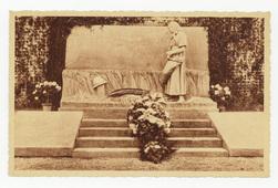 Suippes. Monument aux Morts de la Guerre 1914-18