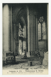 Désastres intérieurs de la Cathédrale (côté nord). Campagne de 1914 : bomb…