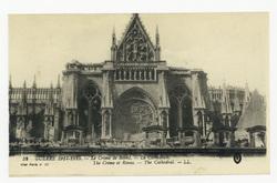 La Cathédrale. The Crime of Reims : the Cathedral. Guerre 1914-1915 : le C…