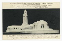 """Arrière du Monument : chapelle Catholique """"Simple et sobre comme l'âme du …"""