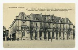 Nancy. Le palais de l'Université. Œuvre de l'architecte Morey. Statues des…