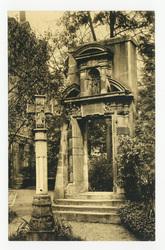 Portail de la chapelle de l'ancien hôpital Saint-Julien de Nancy, démoli e…