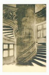 Escalier de la Tour de l'Horloge (XVIe siècle). En forme de vis et d'aspec…