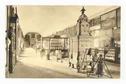 Salle des Cerfs où se tenaient les Etats généraux de Lorraine. En avant, p…