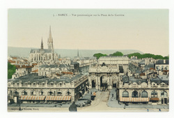 Nancy : vue panoramique sur la Place de la Carrière