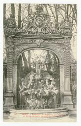 Nancy : fontaine de Neptune par Guibal, et grille de Jean Lamour (1755)