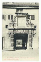 Nancy : porte de la Citadelle, face intérieure